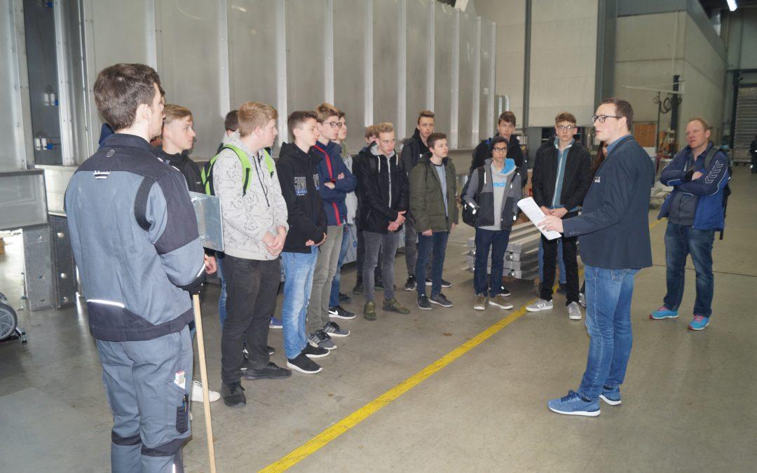 Gesamtschüler besichtigen Firma Rippert